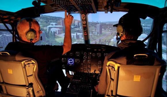 hubschrauber-rundflug-simulator-muenchen-bellhuey-selber-fliegen-helikopter-steuern-erlebnis-gutschein-bayern-pilot-flugschule