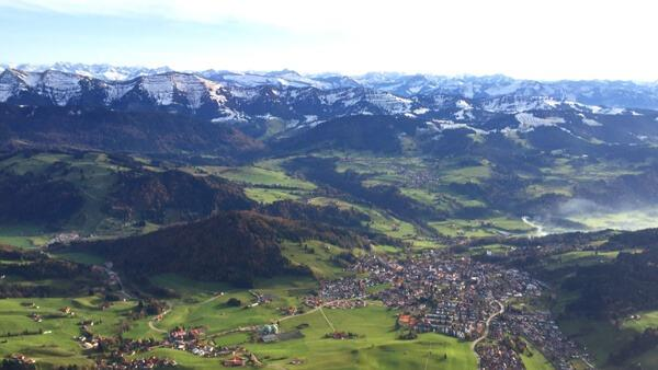 [:de]hubschrauber-rundflug-memmingen-tannheim-berge-skigebiet-schnee-alpen-zugspitze-geschenk[:en]Hubschrauber Rundflug Memmingen Tannheim Heli Selber fliegen[:]