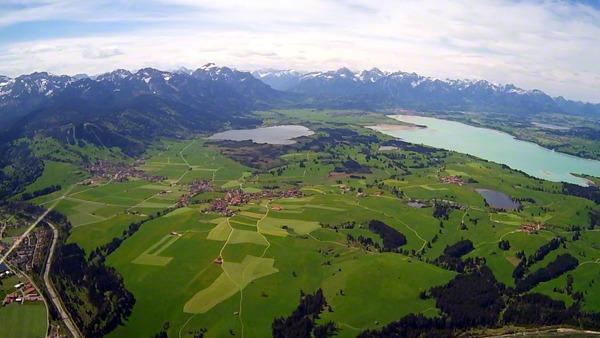 [:de]hubschrauber-rundflug-memmingen-tannheim-forgensee-alpen-panorama-geschenk-ueberraschung[:en]Hubschrauber Rundflug Memmingen Tannheim Heli Selber fliegen[:]