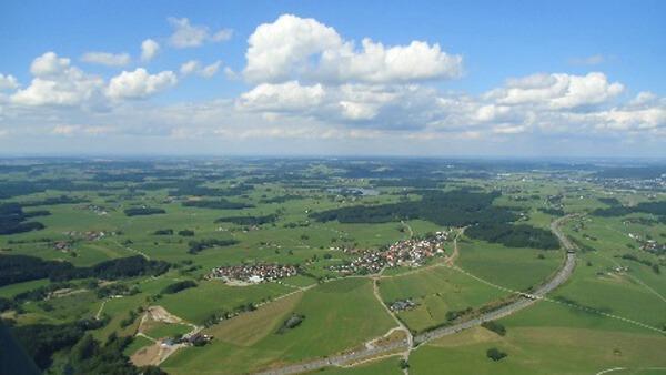 [:de]hubschrauber-rundflug-memmingen-tannheim-allgaeu-marktoberdorf-alpen-weihnachten[:en]Hubschrauber Rundflug Memmingen Tannheim Heli Selber fliegen[:]