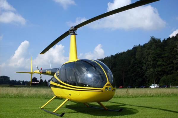 hubschrauber-rundflug-cuxhaven-nordholz-berge-schloss-denkmal-selber-fliegen-ueberraschung