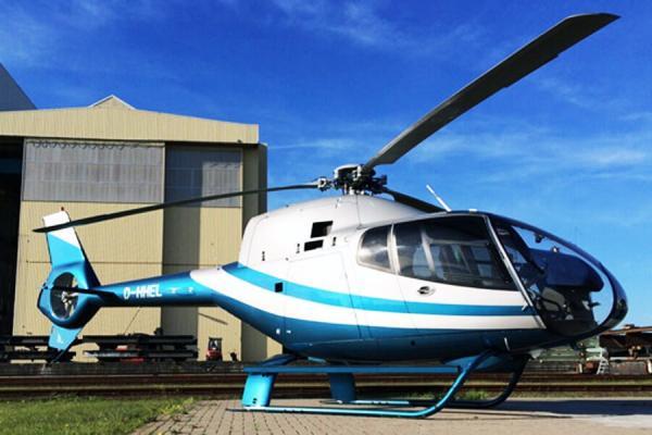 [:de]hubschrauber-rundflug-weihnachten-geschenk-event-verlobung-robinson-geburtstag-pilot[:en]Geschenkidee Weihnachten Geschenk Gutschein Hubschrauber Rundflug Fliegen Rundflüge Überraschung Helikopter Rundflüge[:]
