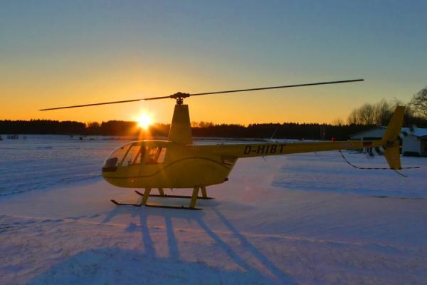 hubschrauber r44 rundflug schnee blog sonnenuntergang