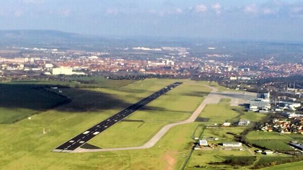 hubschrauber-rundflug-geschenk-geburtstag-berge-schloss-denkmal-selber-fliegen-lizenz