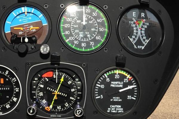 hubschrauber robinson r44 instrument panel hitze