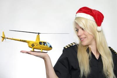 hubschrauber rundflug weihnachten gutschein ueberraschung nikolaus Geschenkidee Weihnachten Geschenk Gutschein Hubschrauber Rundflug Fliegen Rundflüge Überraschung Helikopter Rundflüge