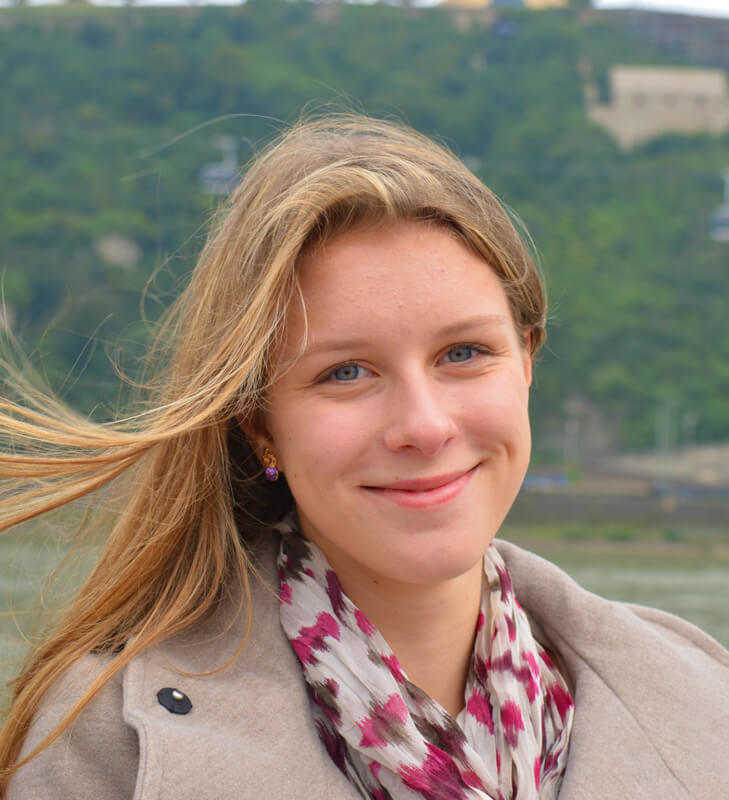Rebecca Schepanek (Junior)