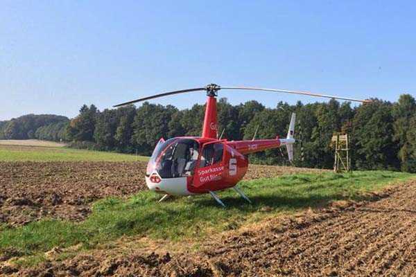 hubschrauber-rundfluege-bayreuth-oberfranken-hubschrauberflug-bayern-fliegen-robinson-r44
