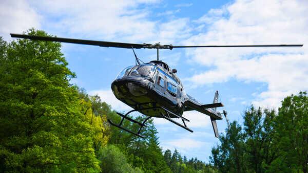 hubschrauber-selberfliegen-rundfluege-burg-feuerstein-hubschrauberflug