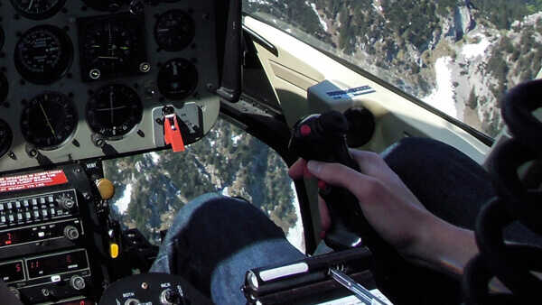 hubschrauber-rundfluege-burg-feuerstein-hubschrauberflug-forchheim