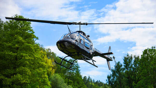 hubschrauber-rundfluege-trier-mosel-porta-nigra-hubschrauberflug-fliegen-charter-helikopter