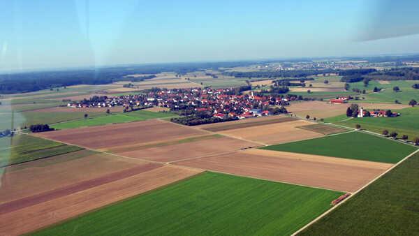 hubschrauber-rundfluege-trier-mosel-porta-nigra-hubschrauberflug-geschenk-heimat