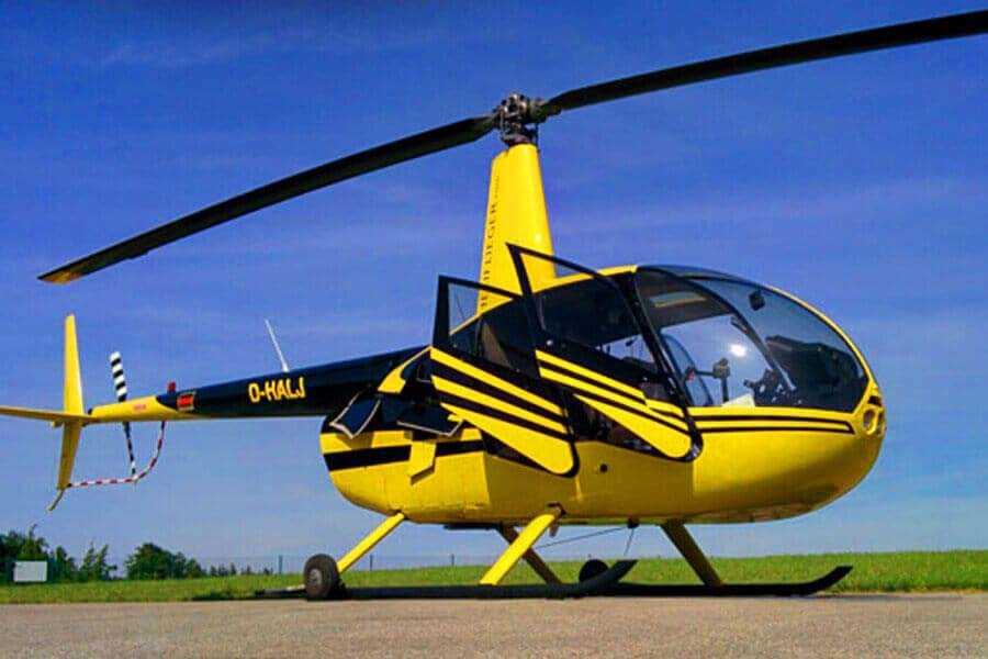 hubschrauber-rundflug-kassel-calden-hessen-hubschrauberflug-r44-robinson-helikopter-pilot-selber-steuern