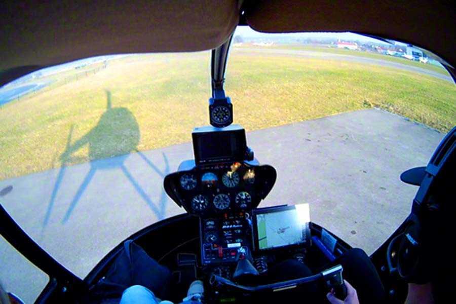 hubschrauber-rundflug-muenster-telgte-hubschrauberflug-geburtstag-ueberraschung-fliegen-steuern-gutschein