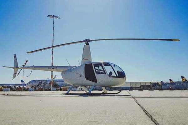 hubschrauber-rundfluege-augsburg-schwaben-hubschrauberflug-r44-robinson-selber-steuern-fluglehrer
