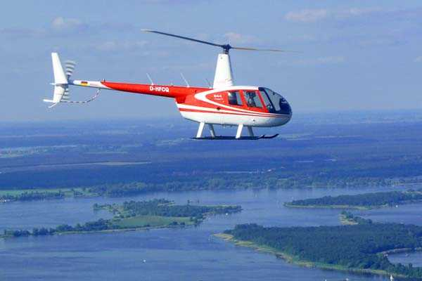 hubschrauber-rundfluege-cottbus-brandenburg-hubschrauberflug-r44-robinson-pilot-geschenk-geburtstag