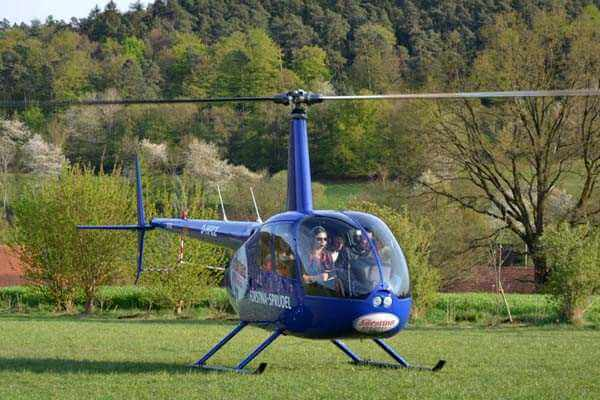 hubschrauber-rundfluege-dresden-kamenz-sachsen-hubschrauberflug-event-r44-helikopter-fliegen-vip