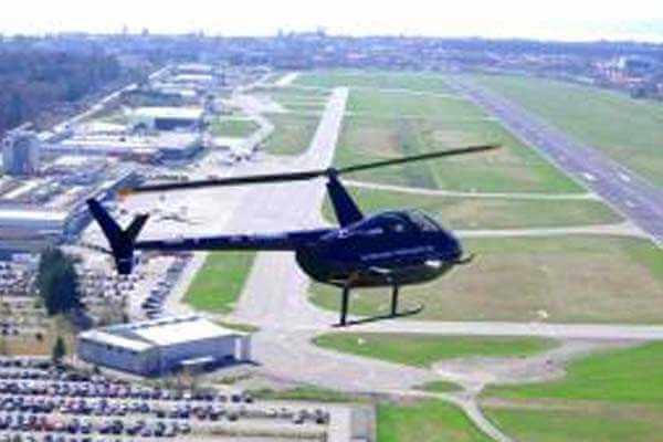 hubschrauber-rundfluege-friedrichshafen-bodensee-hubschrauberflug-r44-geburtstag-gutschein-ueberraschung-selber-steuern