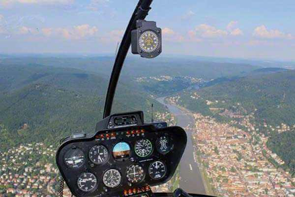 hubschrauber-rundfluege-mannheim-heidelberg-hubschrauberflug-geschenk-gutschein-geburtstag-fliegen-ueberraschung