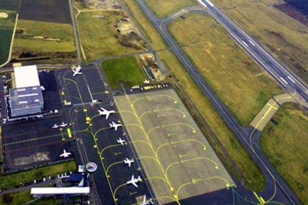 hubschrauber-rundfluege-neumarkt-nuernberg-regensburg-hubschrauberflug-flughafen-gutschein-geburtstag