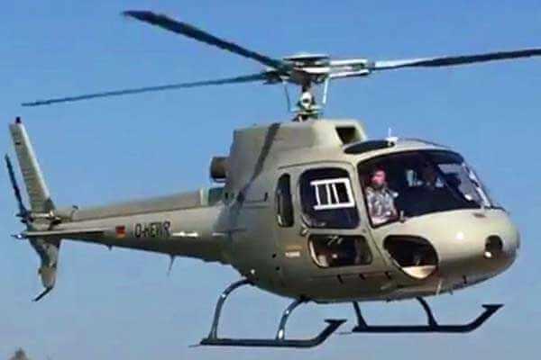 hubschrauber-rundfluege-ottobrunn-muenchen-schloesser-hubschrauberflug-ec120-event-gutschein-charter-vip-gruppe