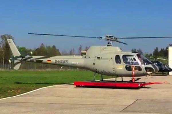 hubschrauber-rundfluege-ottobrunn-muenchen-schloesser-hubschrauberflug-helikopter-fliegen-vip-charter-event